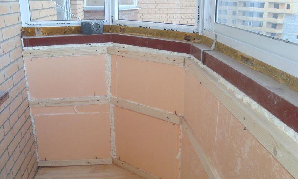 совместить балкон с кухней