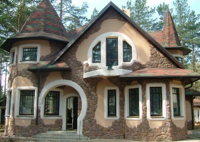 фасад коттеджа с камнем