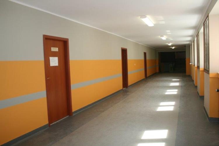 ремонт коридора в школе