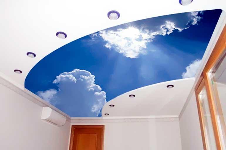 потолок натяжной для ванной