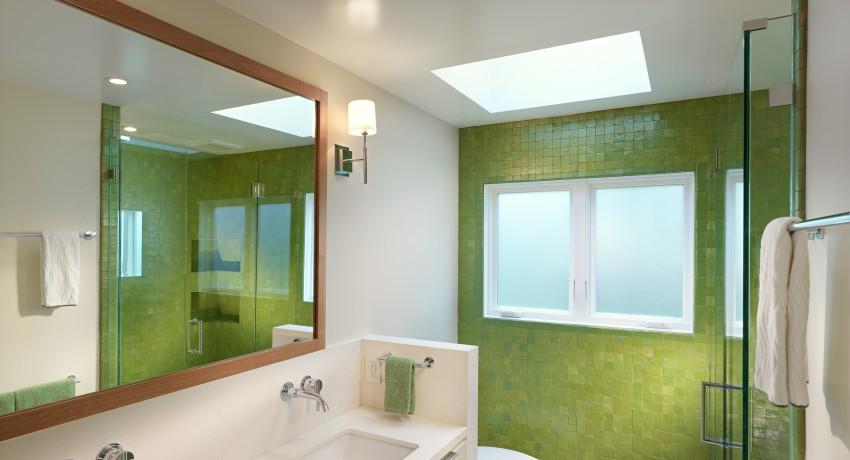 как выбрать потолок для ванной